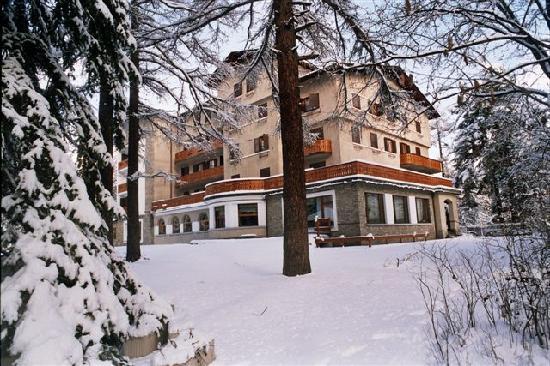 Hotel des Geneys Splendid: view from garden