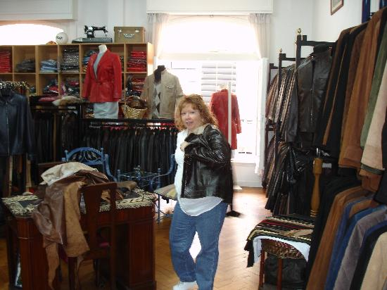 Poppy's Leather Garments Factory : Great Price