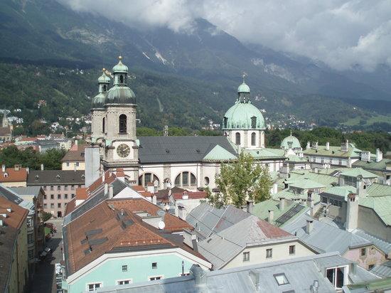 Инсбрук, Австрия: HOFKIRCHE