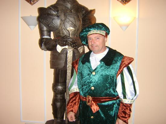 Mi Hotel Muehldorf: Beim Ritteressen