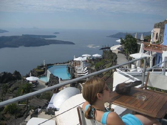 Irini's Villas Resort: Lounging at a deck next to Irini's
