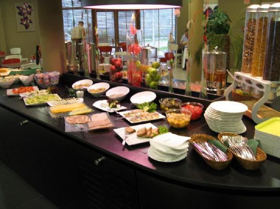 Campanile Lodz: Breakfast