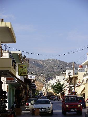 Dedalos Hotel: The main street.