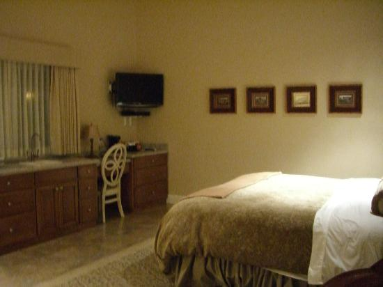 Bella Notte - The Inn at East Cliff : Room