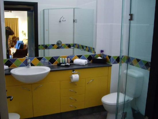 Dreamcatcher Apartments Port Douglas: Bathroom