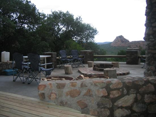Toorfontein Tented Camp: Braai area