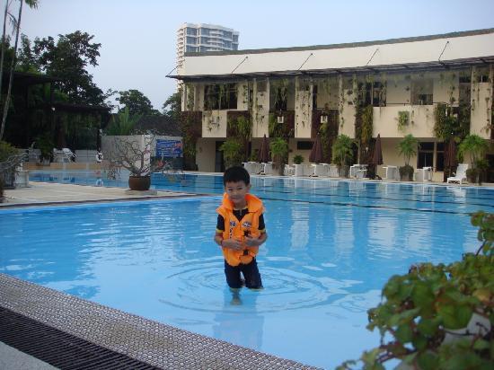 Eco Resort Chiang Mai: Mega swimming pool