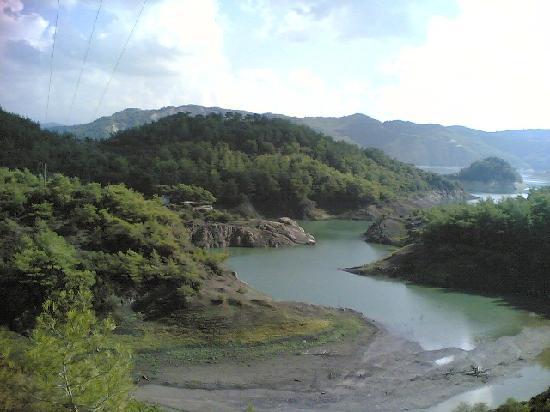 Kassab, Síria: one of the lakes taken from Mishkita mountain area