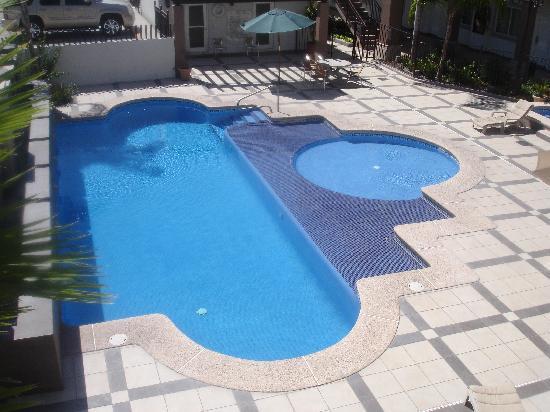 Pool at Hotel Royal Palace