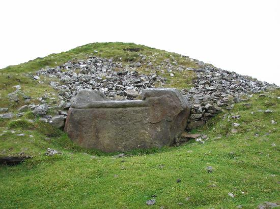 Loughcrew Megalithic Cairns: Hag's Chair, Exterior