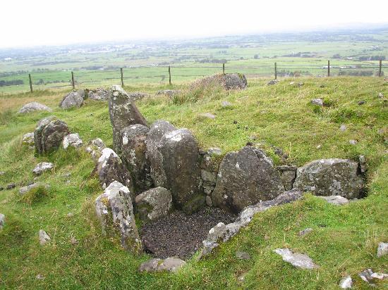 Loughcrew Megalithic Cairns: Exterior.....unexcavated?