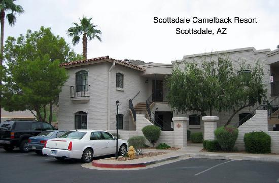 Scottsdale Camelback Resort: Upstairs Condo