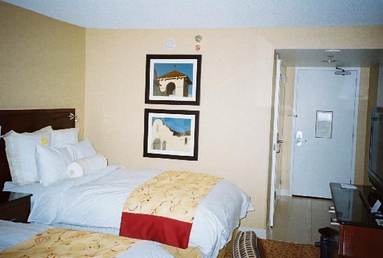 Pleasanton Marriott: Bedroom 2