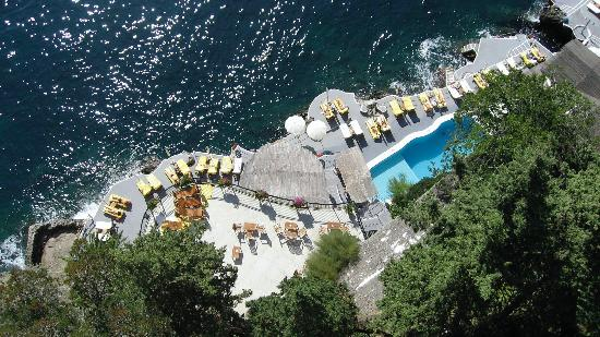 Santa Caterina Hotel: pool from above
