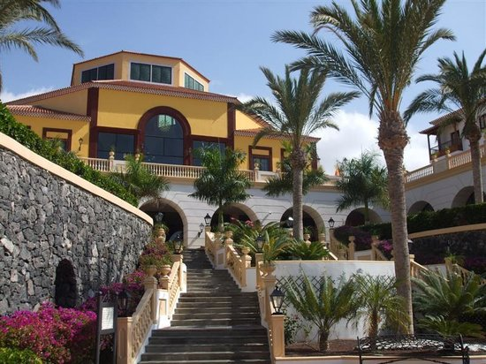 Bahia Principe Tenerife: Adeje reception from gardens