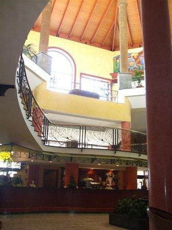 Bahia Principe Tenerife: From Adeje Lobby bar