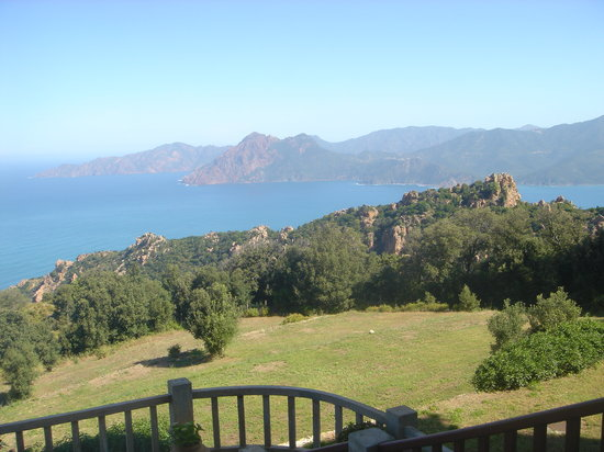 Piana, Frankreich: View from terrace in morning