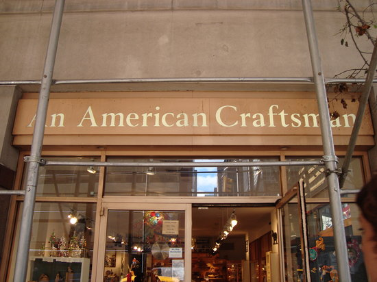 An American Craftsman : Entrance