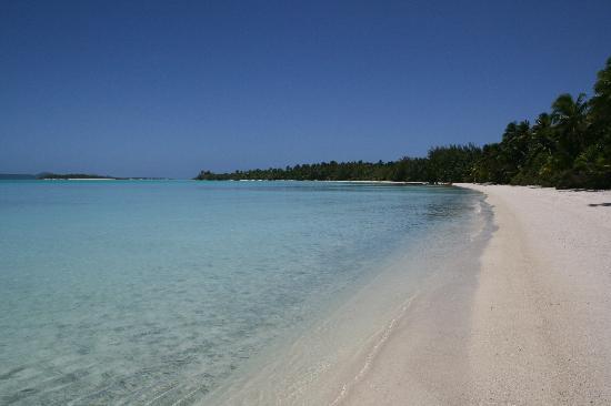 Akaiami Paradise: Aikaimi Beach
