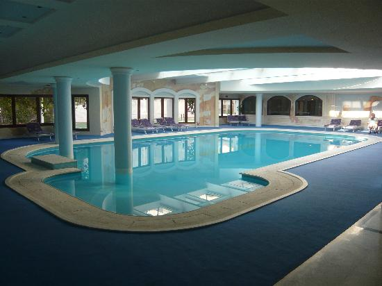 Mitsis Grand Hotel: Indoor pool
