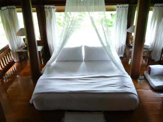 Lanna Accent Boutique Villa: One of the romantic sleeping quarters