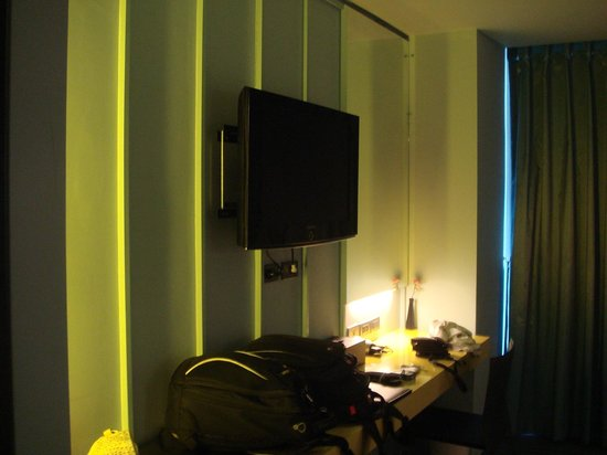 The Heritage Bangkok: Room with LCD