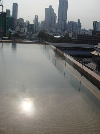 The Heritage Bangkok: View from rooftop pool bar
