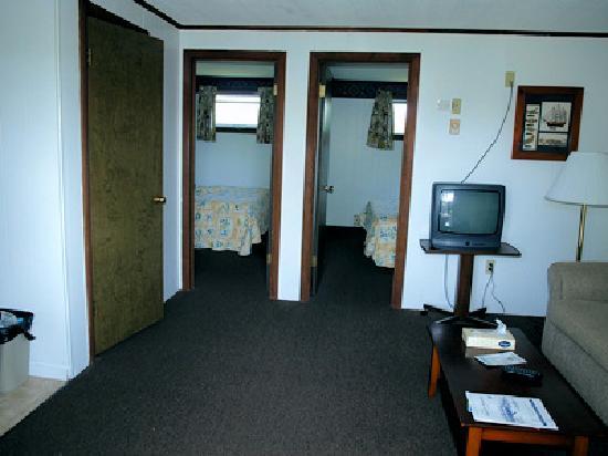 ماجيستيك ريجينسي: other view of 2 bdr suite (second floor)