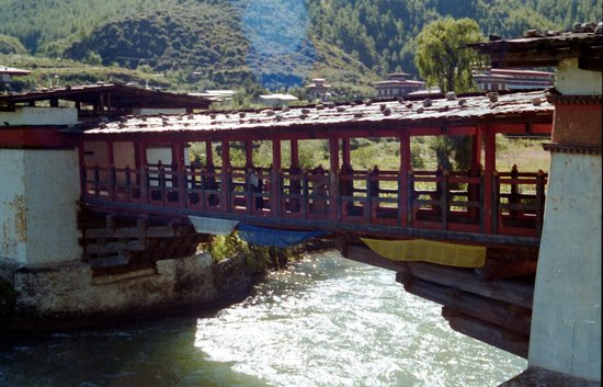 ‪‪Thimphu‬, بوتان: Thimphu - bridge‬