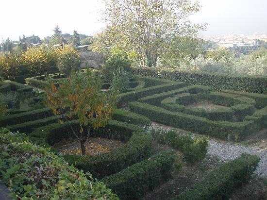 gardens at villa i cancelli