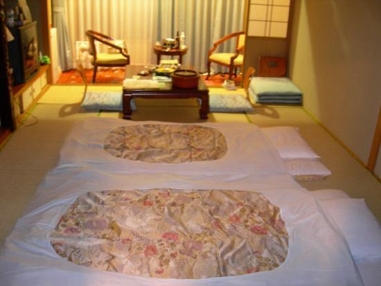 Hotel Emerald: hotel room