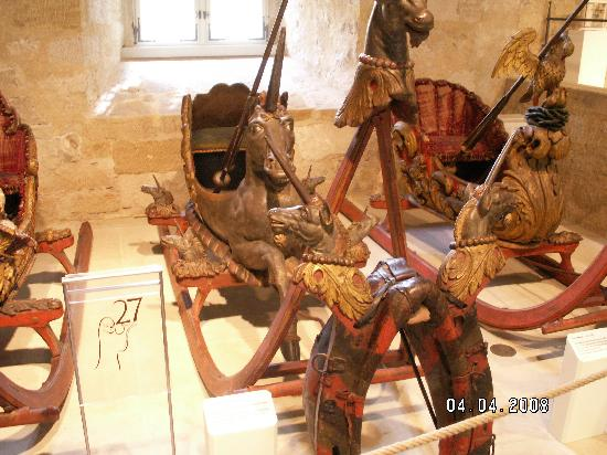 Veste Coburg: Some of the jousting sleds