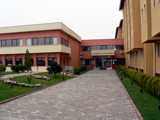 Crystal Kaymakli Hotel & Spa: Ansicht des Hotels