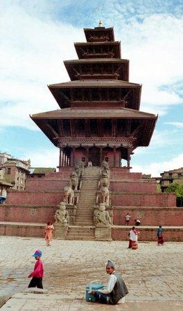 Katmandú, Nepal: Kathmandu Valley, Bhaktapur, Nyatapola Temple