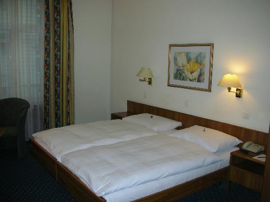 Hotel Opera Zurich: My room- 218