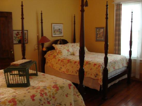 The Brunswick Inn: Bedroom