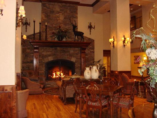 Music Road Resort Inn: Hotel Lobby