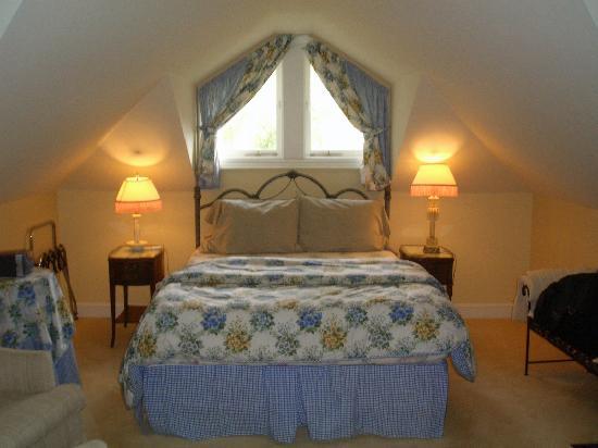 Amethyst Inn at Regents Park: the room itself