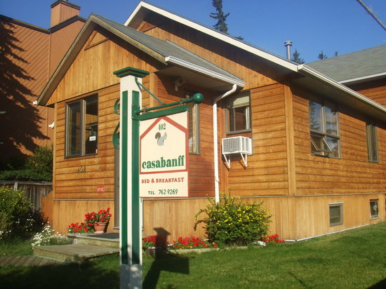 Casa Banff Bed And Breakfast
