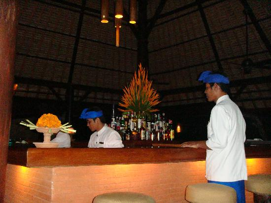 The Oberoi Bali: The Kayu cocktail bar