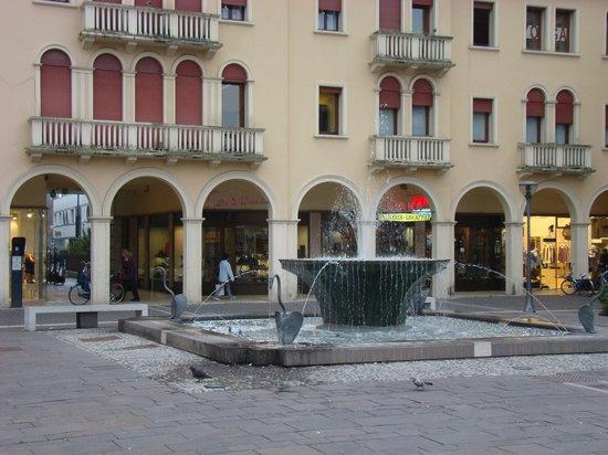 South American Restaurants in Mogliano Veneto
