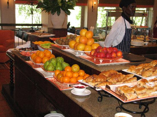 African Pride Mount Grace Country House & Spa: BREAKFAST BUFFET