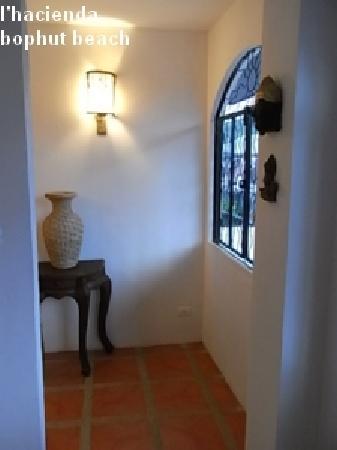 L' Hacienda: inside