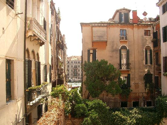 Arco Antico Guest House: View from our room