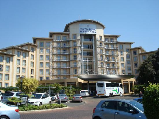 โรงแรมโปรที วันเดอเรอร์ส: A view of the hotel