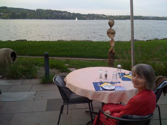 See & Park Hotel Feldbach: dinner on the terrace