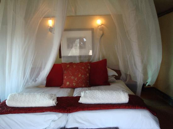 White Elephant Safari Lodge: Our tent of luxury