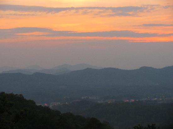 Over The Top Sunset & Pigeon Forge
