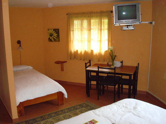 Boquete Garden Inn: View of interior of room