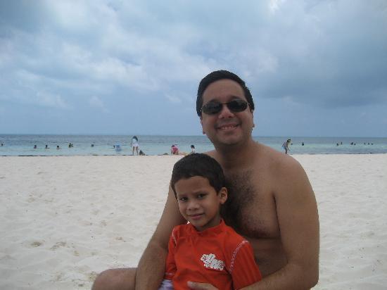 Casa Maya Cancun: El dia que llegamos, disfrutando la playa